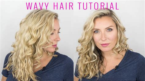 how to style wavy hair naturally how to style your wavy hair 1189