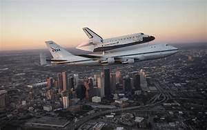 Nasa Shuttle Airplane Houston Building Skyscraper Space ...