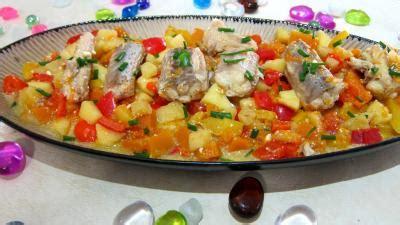 cuisiner de la roussette roussette aux poivrons supertoinette la cuisine facile