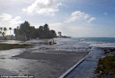 Scary! Low lying tropical islands could be uninhabitable ...