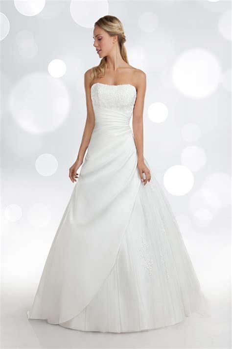 robe mariage invitã e abiti da sposa showroom rosamilia orea sposa