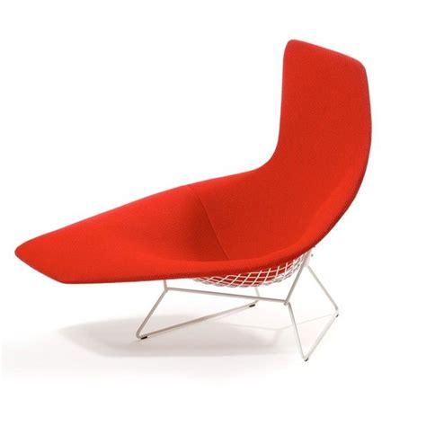 chaise bertoia blanche bertoia asymmetric chaise studio italia