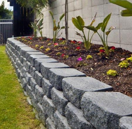 garden border blocks gardenwall2 garden edging ideas pinterest retaining blocks landscaping retaining walls