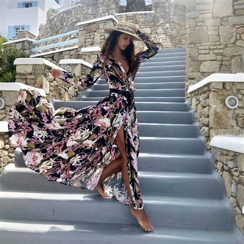 Raffaella Modugno Style Clothes Outfits And Fashion : Mii ...