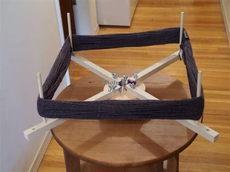 instructions  building  diy yarn swift crochet