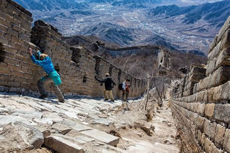 cable wall hiking jiankou to mutianyu with on the great wall of