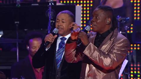 Earth Wind & Fire - September (Live) - YouTube