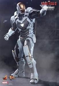 Iron Man Mark XXXIX – Starboost action figure from Hot ...