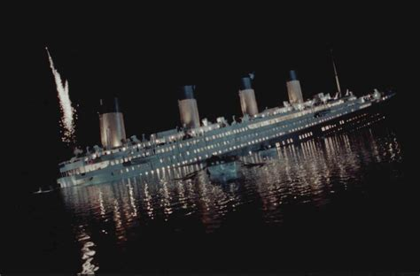 what year did the titanic sink why did the titanic sink a simple question with a
