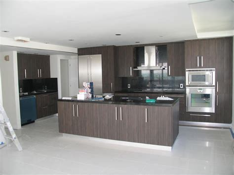 Kitchen Floor Ideas With Black Cabinets by Black Kitchen Cabinets Handles Loccie Better Homes
