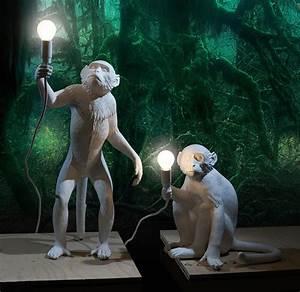 Seletti Monkey Lamp : monkey lamps the awesomer ~ Buech-reservation.com Haus und Dekorationen