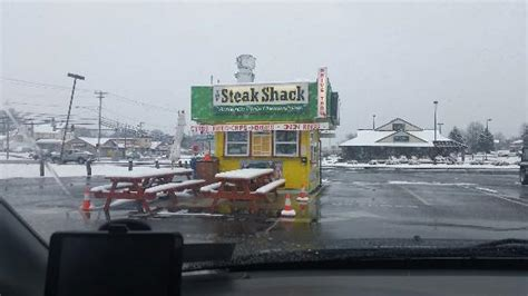 fresh juicy delicious cheesesteaks review of the steak