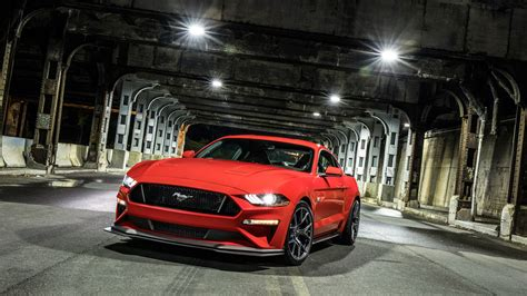 ford mustang gt level  performance pack