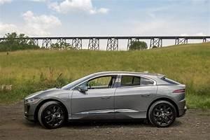 Jaguar I Pace : 2019 jaguar i pace first drive pace car for fun in an electric suv news ~ Medecine-chirurgie-esthetiques.com Avis de Voitures