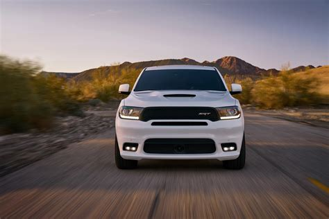 Fuel Efficient V6 Cars by 2019 Dodge Durango Gt Combines Burly V8 Looks With V6 Fuel