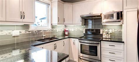 retaper armoire de cuisine retaper armoire de cuisine photos de conception de
