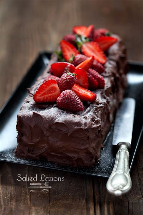 chocolate strawberry cake pictures