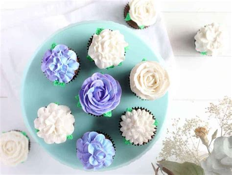 Decorating Ideas For Cupcakes cupcake frosting cupcake decorating ideas i am baker