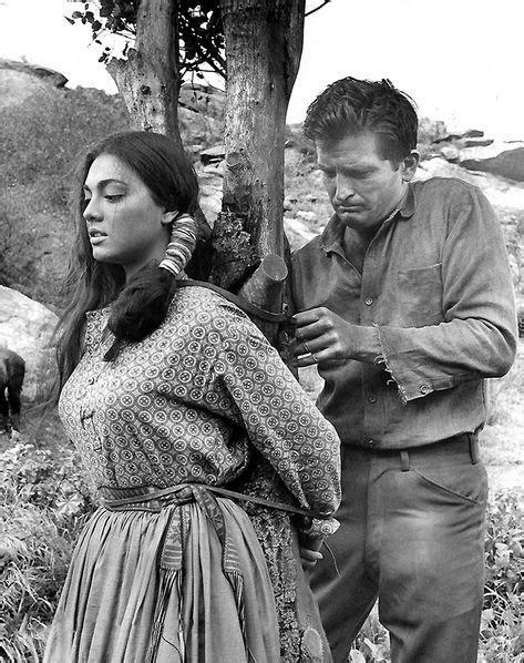 Jana Davi, Robert Knapp - Gunmen From Laredo (1959