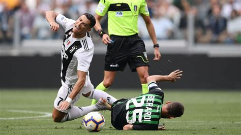 Де дзерби подписал контракт с «шахтером» (sassuolo news). Video Highlight Juventus vs Sassuolo, bóng đá Ý hôm nay 11/1