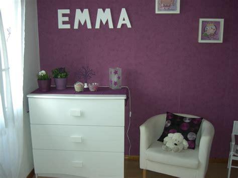 chambre gris et violet style décoration chambre bébé gris et violet