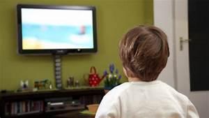 Fernsehen Macht Dumm : schlechte noten und bergewicht fernsehen macht kinder dick und dumm wie eine studie zeigt ~ Frokenaadalensverden.com Haus und Dekorationen