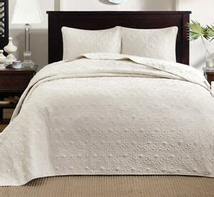 Matelasse King Coverlet by Ivory Matelasse 3pc King Bedspread Set Cotton Fill Quilt