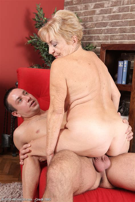 horny old granny maya lambert on knees sucking cock and getting her bush bashed