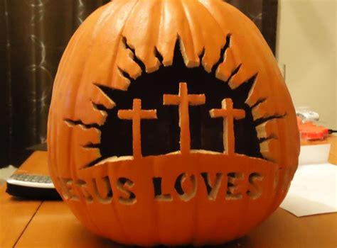 strikingly intricate jack  lanterns  halloween homecrux