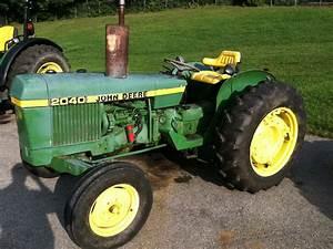 1976 John Deere 2040 Tractors - Utility  40-100hp