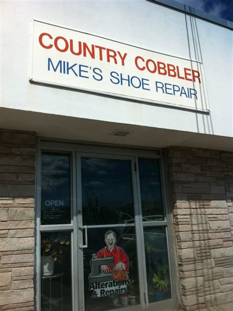 Tile America Manchester Tolland Turnpike Manchester Ct by Country Cobbler Skomagere 63 Tolland Tpke Manchester