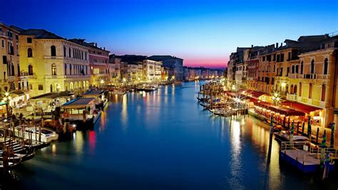 grand canapé the grand canal venice italy visit all the