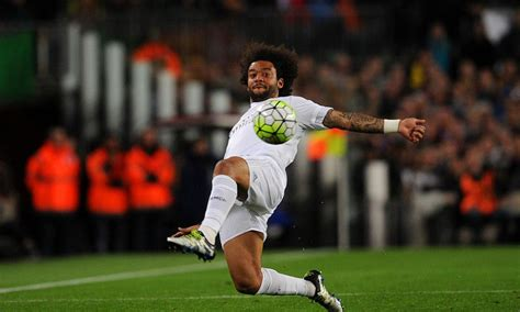 video marcelo kicked head butted    dive  wolfsburg  big lead