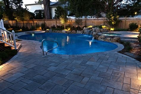 swimming pool and spa massapequa island traditional