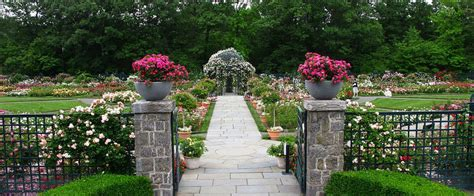secrets of the new york botanical garden 125 years of