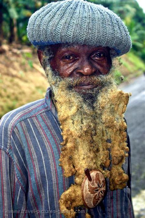 pictures  jamaica  rastafarian crafts man