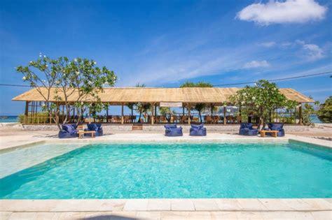 Avia Villa Resort
