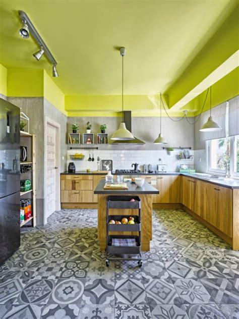 ideas  llenar de color el techo interior de tu casa