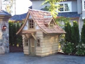 urne de mariage originale la cabane de jardin pour enfant est une idée superbe pour votre jardin