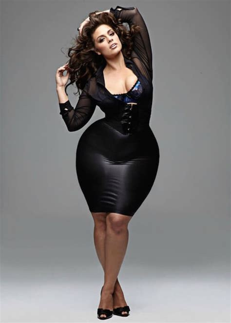 Ashley Graham Height Weight Age Body Statistics