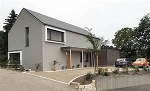 Modernes Haus Satteldach : einfamilienhaus modern holzhaus satteldach holzfassade ~ A.2002-acura-tl-radio.info Haus und Dekorationen