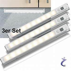 Led Lichtleiste Batteriebetrieben : led lichtleiste mit pir bewegungsmelder 9 leds warmwei batteriebetrieben ebay ~ Whattoseeinmadrid.com Haus und Dekorationen