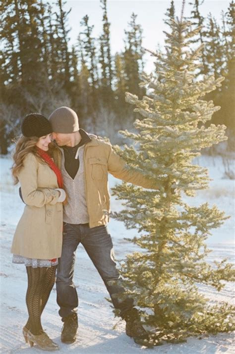 winter engagement pictures   images