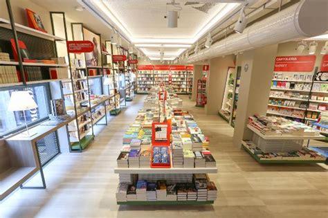 Mondadori Libreria by Mondadori Bookstore San Vincenzo Librerie Mondadori