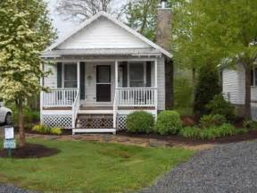 rustic to ritzy homes 500 square zillow porchlight