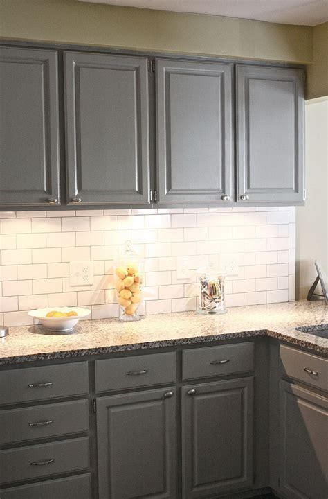white tile backsplash with grey grout zyouhoukan net