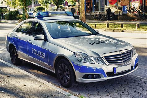us cars kaufen deutschland polizeifahrzeug