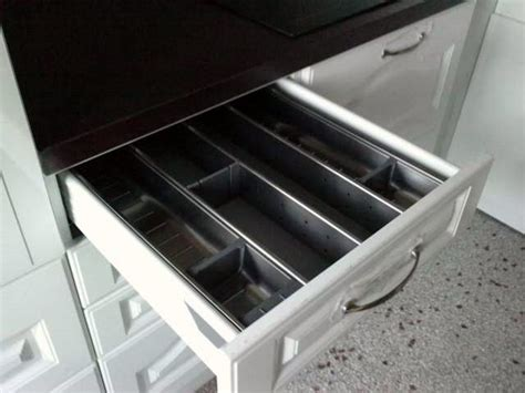 amenagement tiroir cuisine tiroir cuisine photo de cuisines chagne multipose