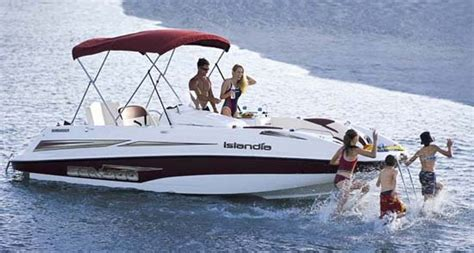 Sea Doo Boat With Kiddie Pool by 10 Best Images About Boats On Carpets Boats