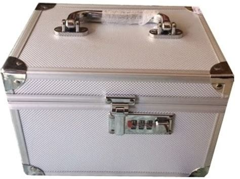 Platinum Cosmetic Box With Lock Makeup And Jewellery